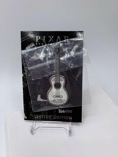Ernesto De La Cruz Guitar Pixar Studio Store LE 500 Pin Coco Miguel Skull