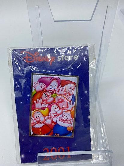 Disney Store Snow White & the Seven Dwarfs DVD Gift Pin Dopey Grumpy Sleepy Doc