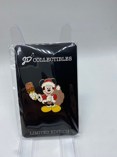 Santa Mickey Mouse Pin Trader's Delight PTD LE 300 DSF DSSH GWP