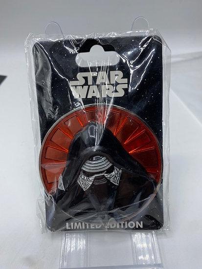 Kylo Ren WDI Star Wars Villains Profile LE 300 Pin