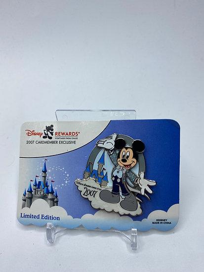 Disney Visa Cardmembers Exclusive Rewards Mickey Mouse 2006 Castle Pin