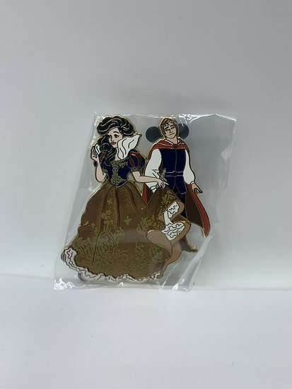 Snow White & Prince Charming Designer Couples LE 250 Pin Shopping Store