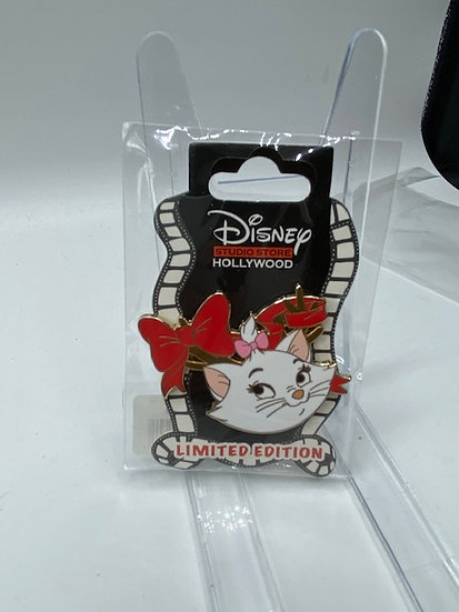 Marie Holiday 2020 Christmas Antlers LE 400 Pin DSF DSSH The Aristocats