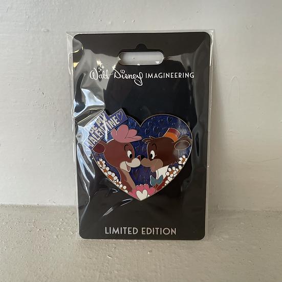 WDI Bongo & Lulubelle Bears Be My Valentine LE 250 Pin