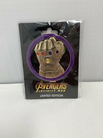Avengers Infinity War Thanos Gauntlet Marvel LE 400 Pin DSF DSSH