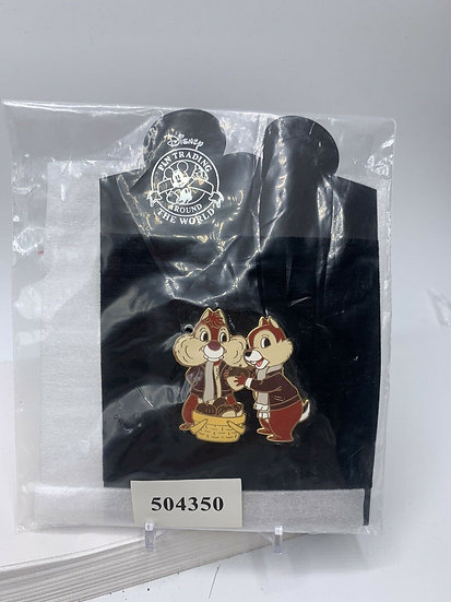 Chip and Dale Winter Whimsy Series LE 250 Pin Nuts Acorns Shopping Store