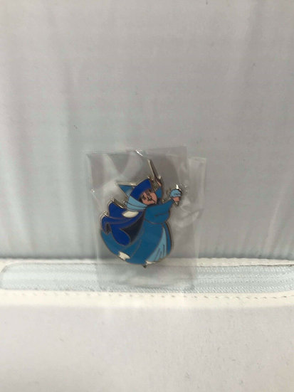 Merryweather Fairy Pin Trader's Delight PTD LE 300 DSF DSSH GWP Godmother