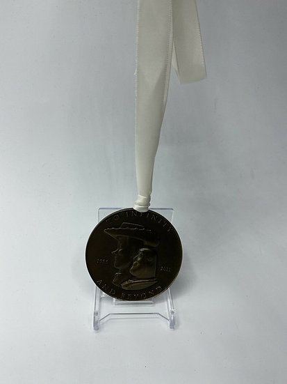 Pixar Animation Studios 25th Anniversary Cast Medallion Toy Story Luxo