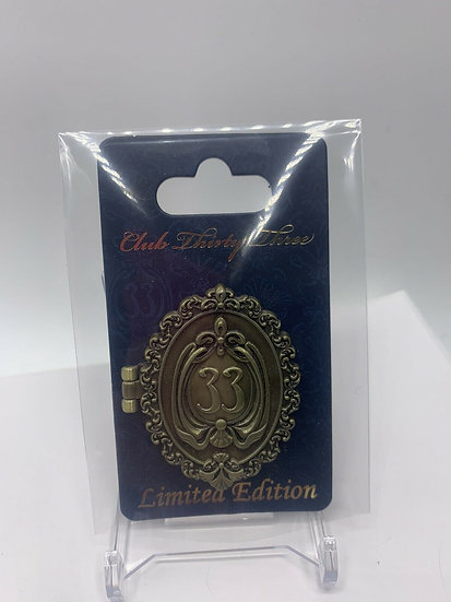 Club 33 DLR Hinged Walt LE 2000 Pin