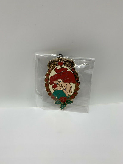 Ariel Cameo Series 1 LE 250 Auctions Pin The Little Mermaid Gold Frame
