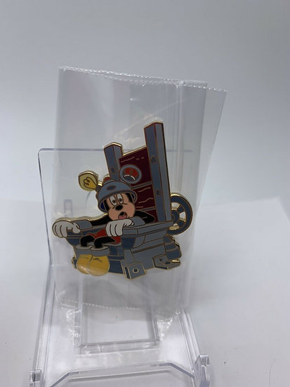 Mickey Mouse WDW Journey Through Maze of Time Event LE 75 Pin Framed Set