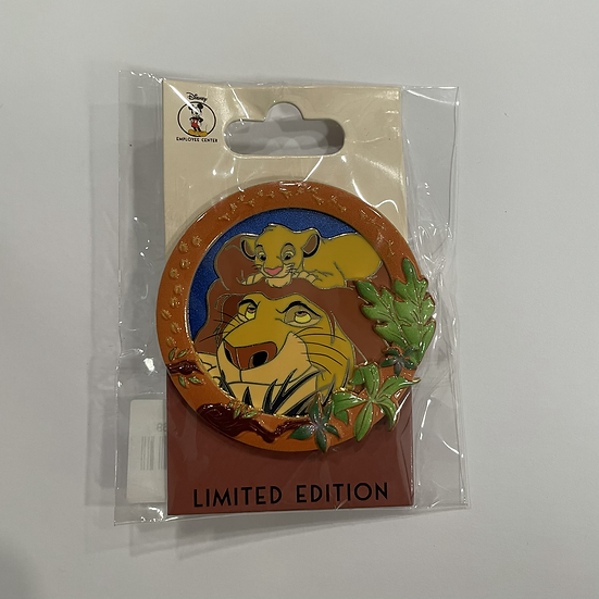 Mufasa & Simba Father's Day LE 250 DEC Pin The Lion King