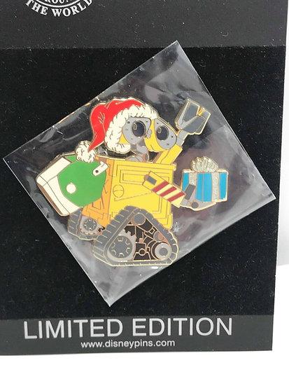 Wall-E Christmas Santa Claus LE 300 Pin Winter Holiday Shopping Store Pixar