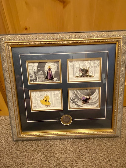 Disney Gallery Female Villains LE 1000 Frame 5 Pin Maleficent Ursula Evil Queen