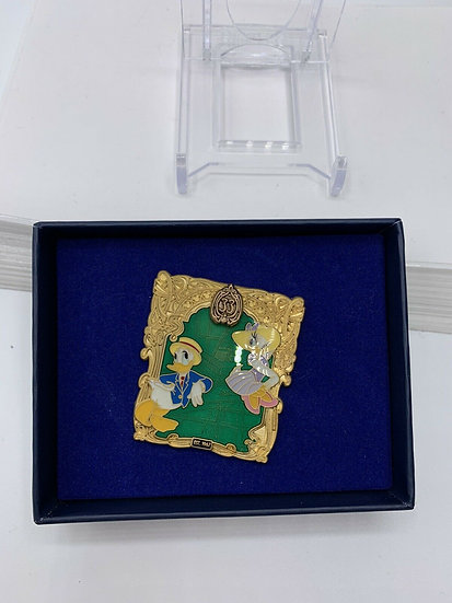 Donald and Daisy DLR Club 33 50th Anniversary LE 500 Box Pin November