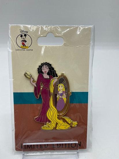 Mother Gothel & Rapunzel DEC Villains LE 250 Pin Tangled