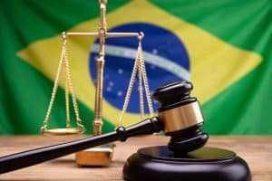 Brasil aprova legislação mais rígida para combater o crime online