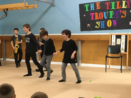 THE TILLY TROUPE'S SHOW