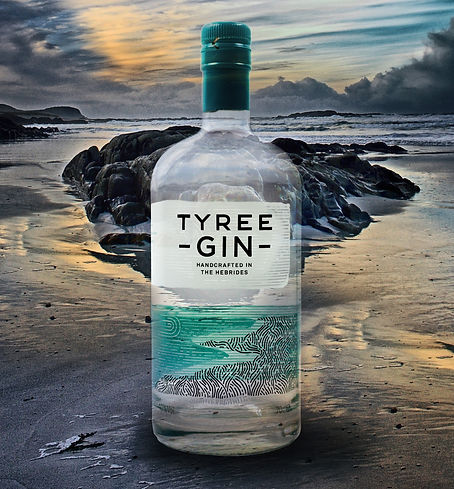 TYREE GIN NEW BOTTLE - NO TEXT_edited.jp