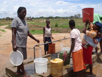 What motivates people to fetch water at the safe well?