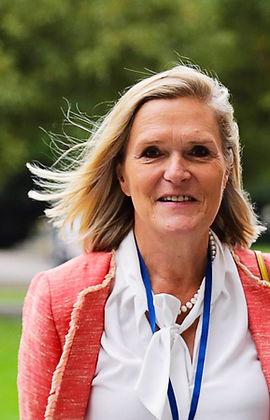 Dr. Petra Arends-Paltzer