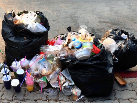 NÃO EXISTE FORA! Então pra onde tem ido o lixo que eu descarto?