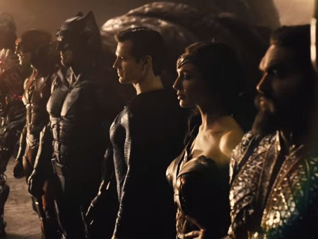 Liga da Justiça: Teaser mostra Superman no seu uniforme negro