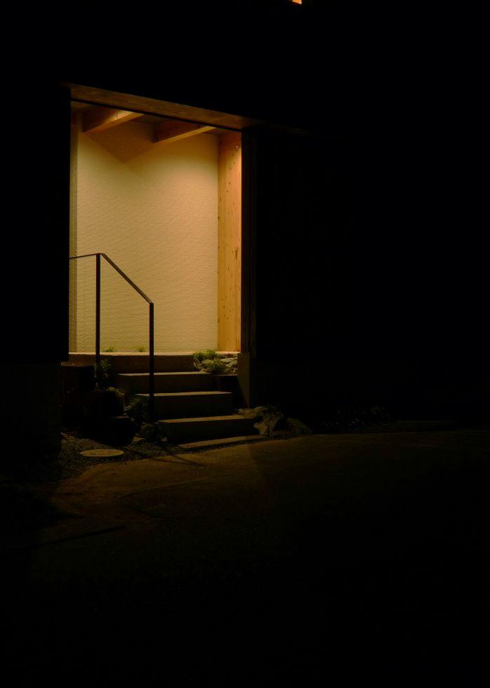 夜景 玄関-1