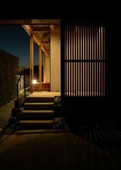 夜景 玄関-2