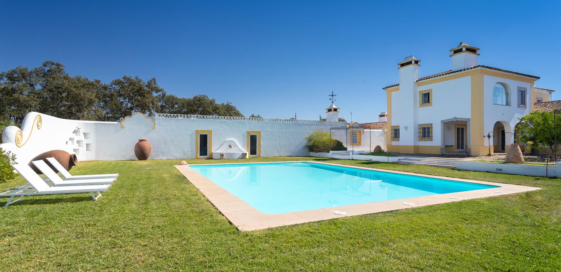 Rosa Estates-128.jpg