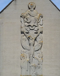 Haut relief façade Basilique
