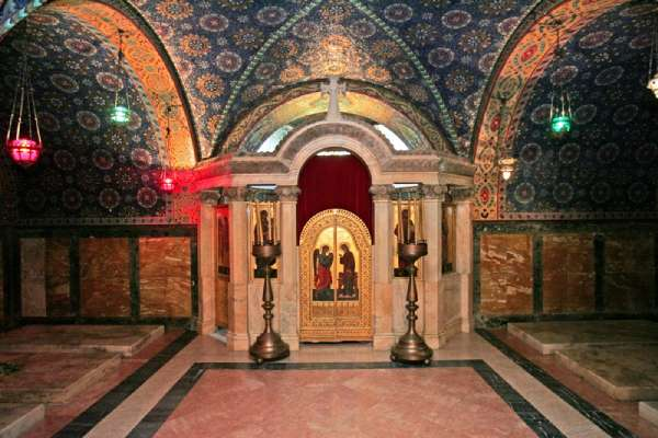 St-George-church-Mausoleum