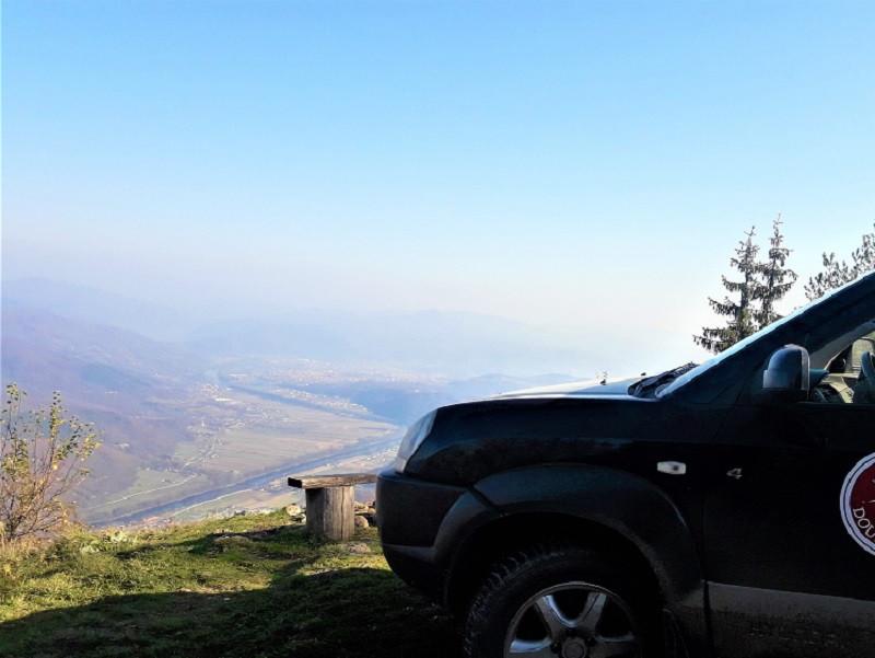Oslusa-viewpoint-Tara