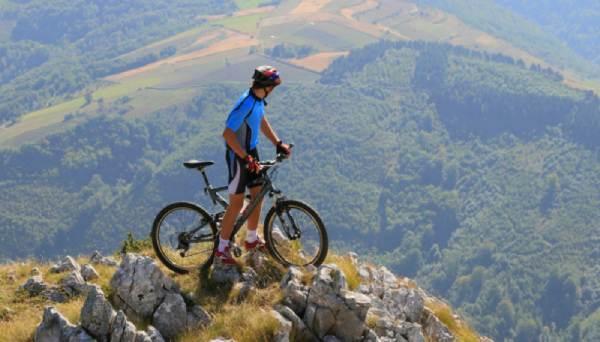 Tara-mountin-bike