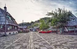 Wooden-town-in-Mokra-Gora