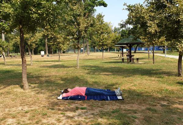 Ada-lake-relax
