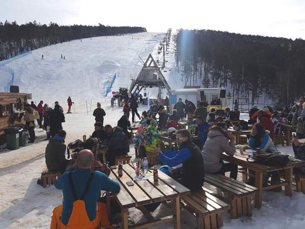 Divcibare-ski-resort-bar