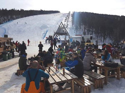 Divcibare-ski-resort-bar