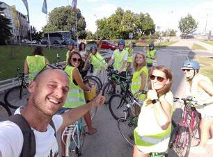 Novi-Sad-bike-tour-study-abroad-longwood
