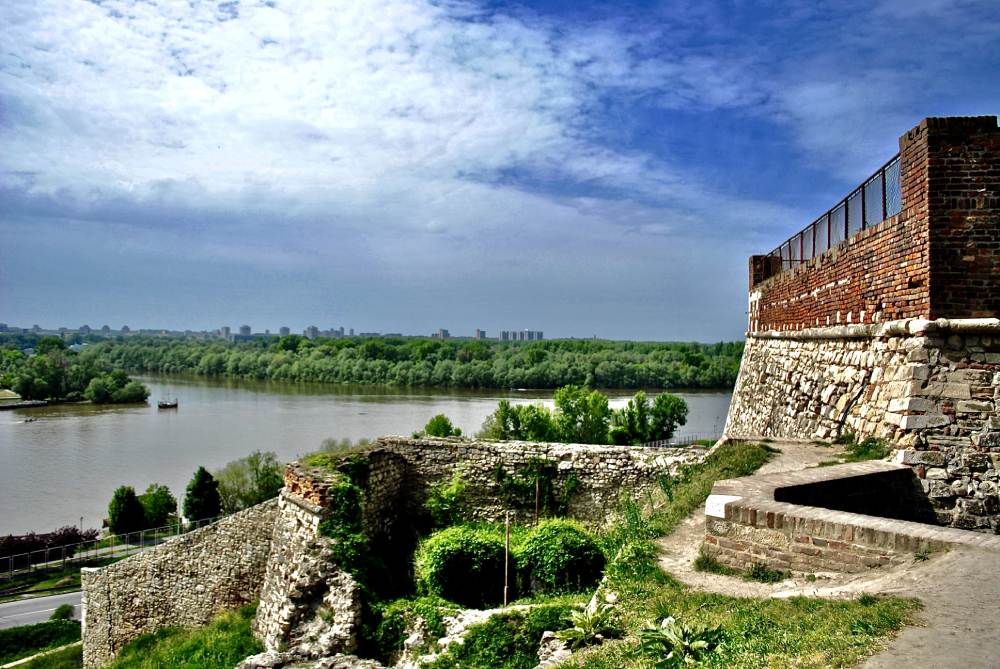 Belgrade-walk-and-cruise