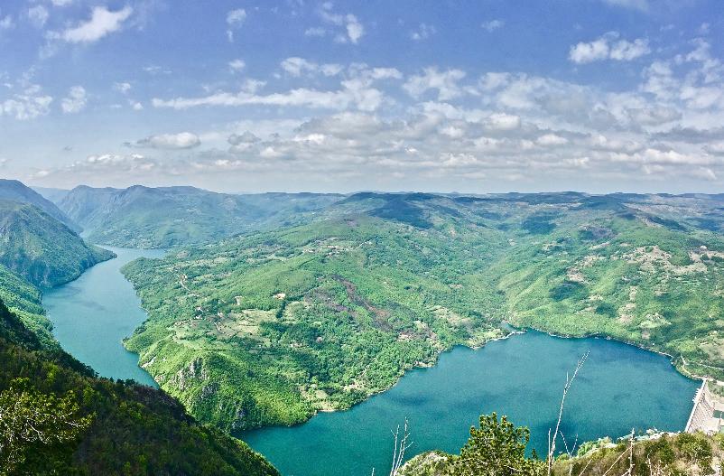 Perucac-lake-tara
