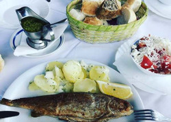 Lisine-fish-lunch