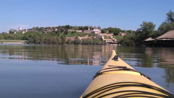 Kayaking-Belgrade-fortress