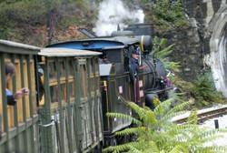 Sargan-eight-train-tour