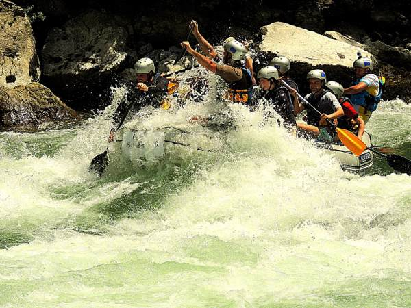 Rafting-Lim-rapid