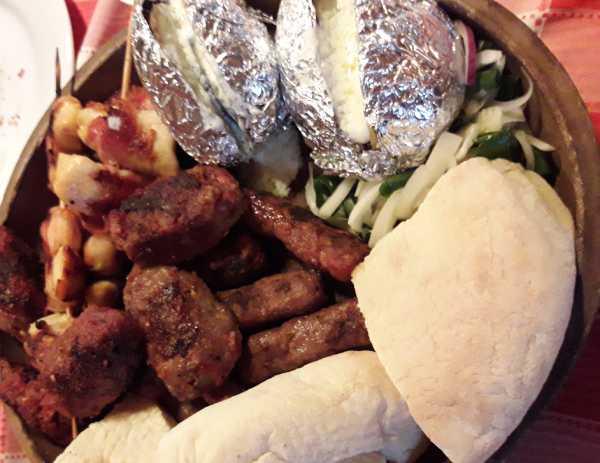 Mecavnik-food