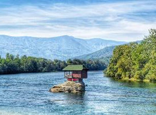 House in the middle of the Drina river.j