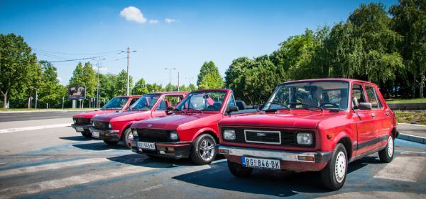 Yugo-tour-cars