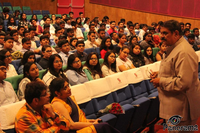 Mr Iyer With Students