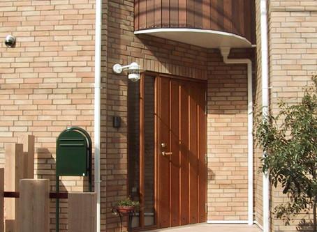 高性能な玄関ドア